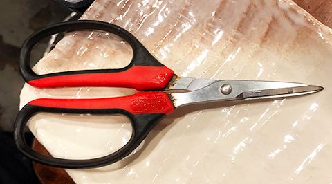 刃先が細いプロの道具